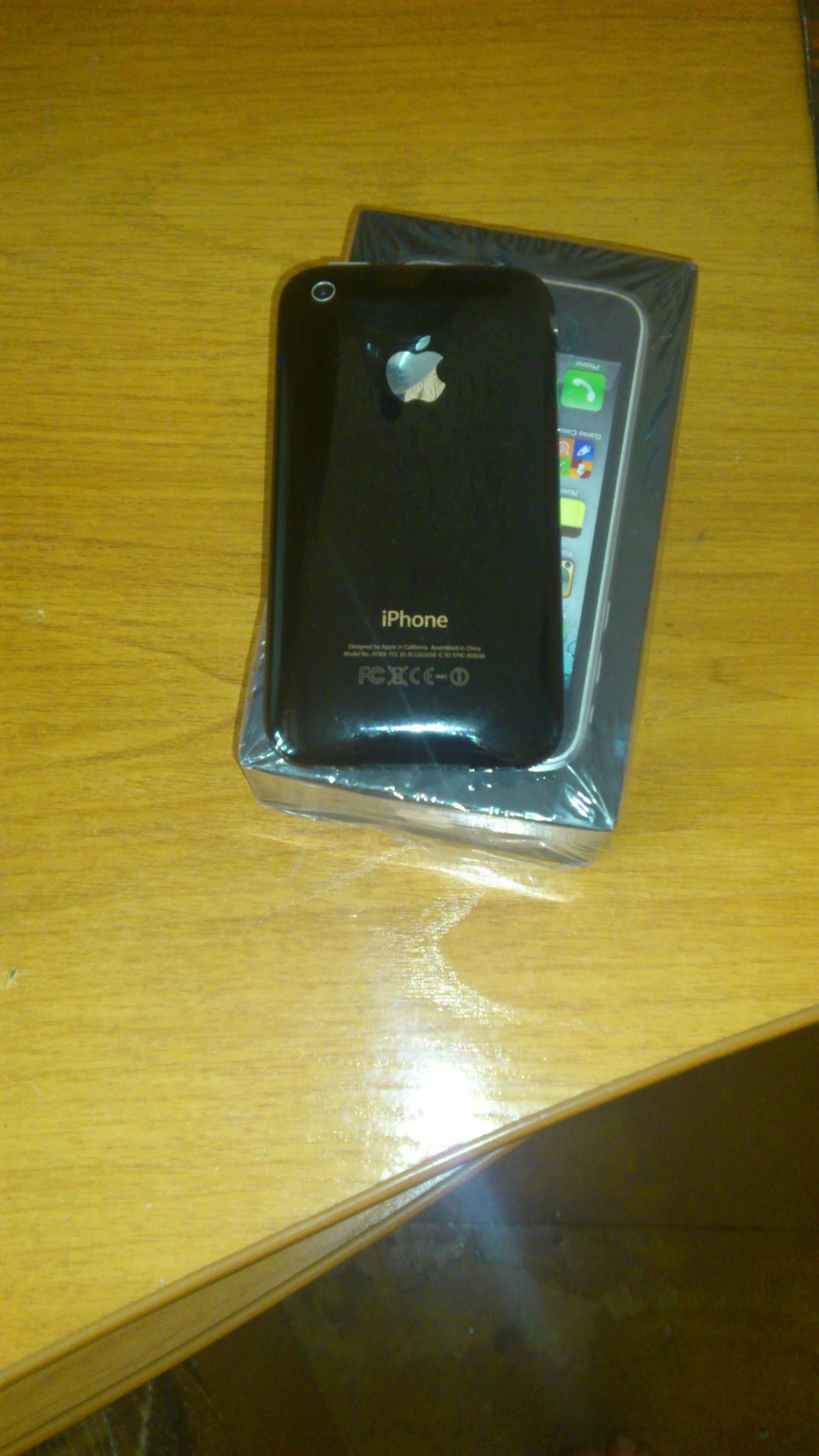 Фото - Продаю IPhone 3GS,black, 8GB оригинальный