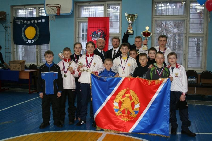 Подобреев А.М. и Долгов А.В. вместе с скопинскими спортсменами: