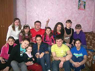 Школу-интернат поселка Заречный посетили студенты-волонтеры