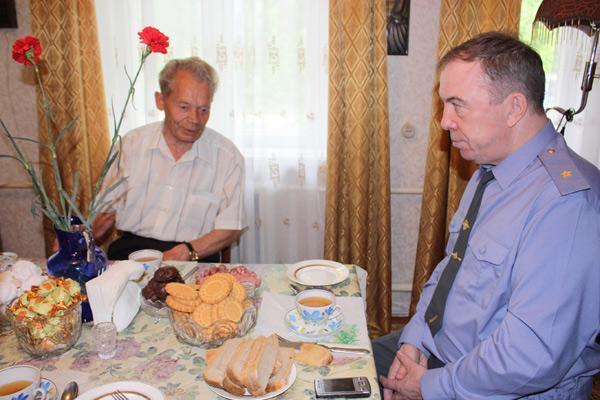 Начальник УВД посетил ветеранов